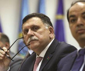 """""""الحل السياسي"""" يشعل حرب داحلية في حكومة الوفاق.. صراع نفوذ بين حلفاء السراج"""