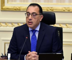 رئيس الوزراء يؤكد على سرعة إنهاء أعمال الطرق والمحاور الجديدة لتسيير الحركة