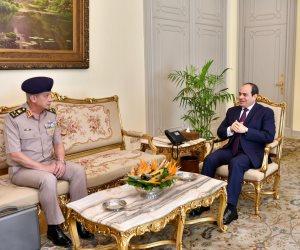 الرئيس السيسى يستقبل القائد العام للقوات المسلحة وزير الدفاع والإنتاج الحربى