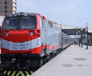 السكة الحديد: استمرار توفير كمامات بشبابيك الحجز ومنع دخول المحطات بدونها