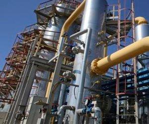 رغم الاتقسامات في ليبيا .. السراج يبرم اتفاقات مع شركة إينى الإيطالية للنفط والغاز