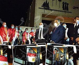 ننفرد بنشر أول صور لوصول المصريين المحتجزين في ليبيا إلى أرض الوطن