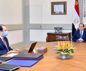 السيسى يجتمع برئيس المخابرات العامة لبحث تطورات الأزمة الليبية وجهود إنهاء أزمة المصريين المحتجزين