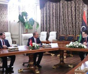 السراج يشرّع أبواب ليبيا للوصاية التركية.. مخطط أردوغان «الأوسع» للتغلغل الاقتصادي والأمني