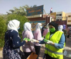 «المتطوعون».. يساهمون في تأمين لجان امتحانات الثانوية العامة بالوادي الجديد (صور)