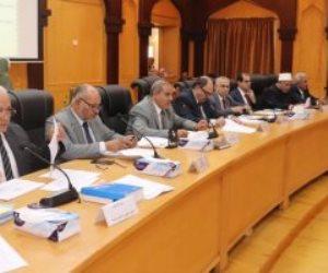 مجلس جامعة الأزهر يحدد 4 يوليو لبدء امتحانات الفرق النهائية