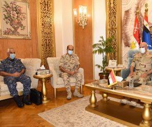 رئيس أركان حرب القوات المسلحة يلتقى مساعد رئيس هيئة الأركان البحريني للعمليات