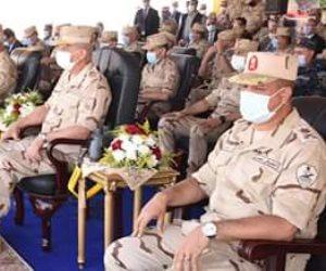 """وزير الدفاع يشهد المرحلة الرئيسية للمناورة """"حسم 2020"""" على الاتجاه الإستراتيجي الغربي"""