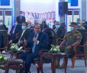 """الرئيس السيسي لوزير المالية: """"خلى قلبكم جامد وساعدوا الناس"""""""