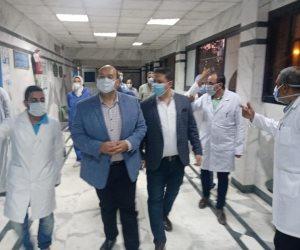 خلال جولة ليليه.. نائب محافظ الجيزة يتفقد مستشفى امبابه العام