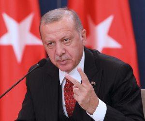 أول القصيدة غلق.. سلطات أردوغان تعاقب شباب حزب الشعب الجمهوري