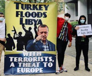 """غضب أوروبي وتظاهرات ضد الديكتاتور.. أردوغان يعربد في ليبيا ويتحرش بـ""""قبرص واليونان"""""""