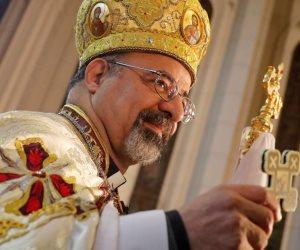 الكنيسة الكاثوليكية تجرد كاهنا من رتبته الكنسية وتعزله من الطائفة