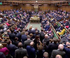 البرلمان البريطاني يطالب بالتحقيق في تدخل روسيا بالانفصال عن الاتحاد الأوروبي