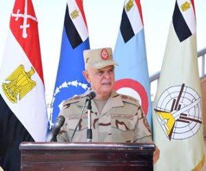 رئيس الأركان يشهد إجراءات الاستعداد القتالي للجيش بالاتجاه الغربي