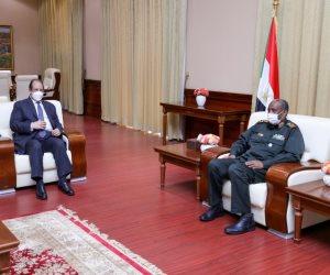 رئيس المخابرات يسلم رئيس مجلس السيادة السودانى رسالة شفهية من الرئيس السيسى