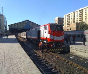 حقيقة فرض رسوم على المتعلقات الشخصية لركاب القطارات (فيديو)