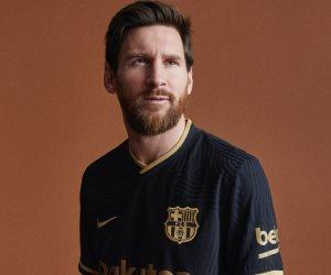 ميسي يعلن استمراره مع برشلونة فى بيان رسمى خلال ساعات