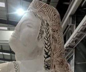 """تمثال """"نهضة مصر"""" يقلب مواقع التواصل.. وصاحب العمل يتحدث لأول مرة"""