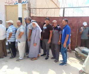 """""""بتعرف تعد لحد كام"""".. لن تروا هذا المشهد إلا أمام لجان الانتخابات في سيناء (صور)"""