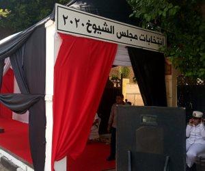 مستشار يرفض مغادرة اللجنة رغم وفاة والده في كفر الشيخ