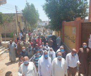 """""""علشانك يا بلدي"""".. درجات الحرارة لم تمنع حشود الناخبين في القاهرة والجيزة (صور)"""