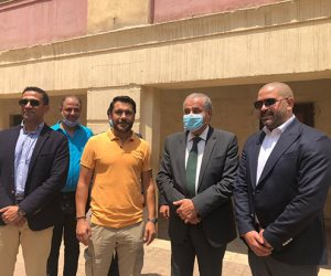 دياب يدلي بصوته ويلتقي وزير التموين ونجم منتخب مصر أحمد حسن بالعجوزة (صور)