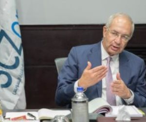 التجديد ليحيى زكى رئيسا للهيئة الاقتصادية لقناة السويس لمدة عام
