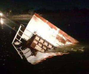 """لقطات من مأساة حادث """"معدية الموت"""" في البحيرة"""
