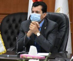 """""""المشكلة في نادي أو اتنين"""".. وزير الرياضة يكشف مصير الدوري بعد إصابات كورونا"""