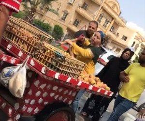 واقعة اعتداء موظفة القاهرة الجديدة على بائع التين الشوكي.. القصة الكاملة من الإهانة لتدخل الوزير