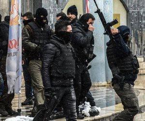 حقوق الإنسان منتهكة في تركيا.. شرطة أردوغان تداهم المنزل بالخطأ وتعتدى على ساكنه بالضرب