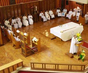 قرارات هامة في بداية الأسبوع.. البابا تواضروس يعيد تشكيل لجنة الإعلام والإنجيلية تحدد شروط عودة الصلاوات