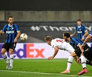 إشبيلية ضد انتر ميلان.. تعادل مثير في شوط ناري 2-2 بنهائي الدوري الأوروبي