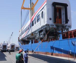 """""""أضخم صفة في تاريخ السكة الحديد"""".. وصول دفعة جديدة من العربات الروسية (صور)"""