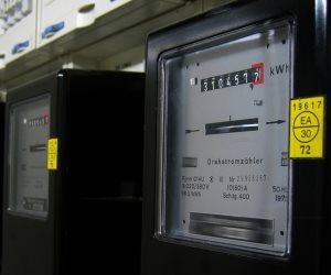الحكومة تفند شائعة فرض زيادات بأسعار فواتير استهلاك الكهرباء