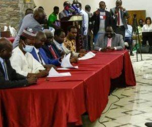 بالأحرف الأولى.. السودان والحركات المسلحة ينهيان 50 عاماً من الصراع المسلح