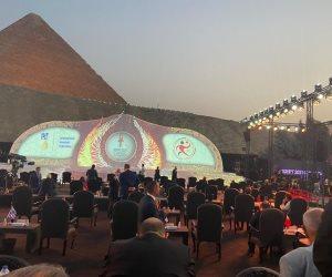 بدء التوافد على الأهرامات لحضور قرعة كأس العالم لكرة اليد (فيديو وصور)