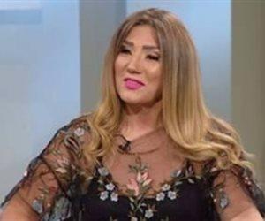 عملية بالمخ بسبب «كتم العطس».. أميرة عبد العظيم تطلب الدعاء لزوجها