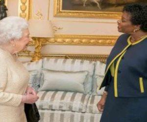 ملكة بريطانيا تواجه العزل في جزيرة «باربادوس» بالبحر الكاريبي