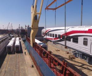 وزير النقل يعلن وصول دفعة جديدة من عربات ركاب السكة الحديد الروسية.. صور