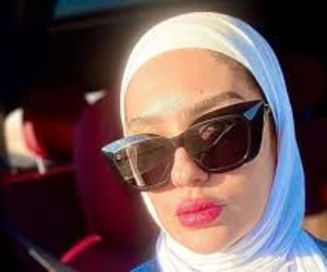 الفنانة مي فخري... اعتزال وحجاب ودعاء بالثبات (صور)