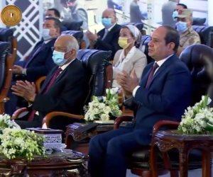 الرئيس يوجه الحكومة بسرعة الانتهاء من وضع الاشتراطات الجديدة للبناء