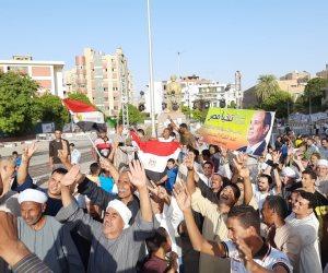 آلاف المواطنين يحتفلون بانتصارات أكتوبر في ميدان الجامعة بسوهاج (فيديو وصور)
