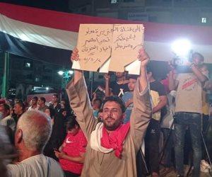 """""""بنحب السيسي"""".. رسائل قناوية للمقاول الهارب وقناة الجزيرة خلال احتفالات أكتوبر"""