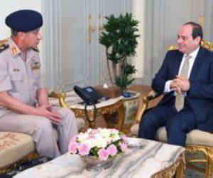 وزير الدفاع مهنئا السيسى بنصر أكتوبر: مستعدون بالكامل لحماية الوطن والشعب