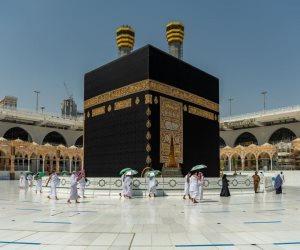 استمرار أعمال تطهير المسجد النبوي بعد استقبال أفواج المعتمرين.. فيديو وصور