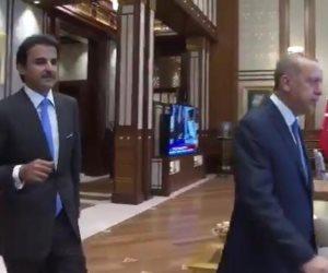 """هاشتاج """"أردوغان يبتز قطر"""" يتصدر تويتر ويفضح أجندة زيارة الدكتاتور للدوحة"""