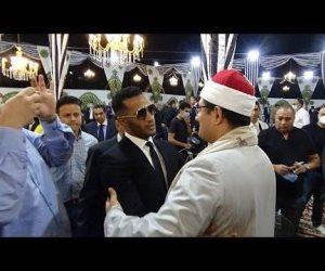 صورة أحد المشايخ مع محمد رمضان تثير الجدل على السوشيال ميديا: اضطر إلى حذفها