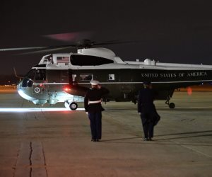 """دخلت الخدمة في عهد أيزنهاور.. تفاصيل المروحية التى نقلت ترامب لمستشفى """"والتر ريد العسكري"""""""